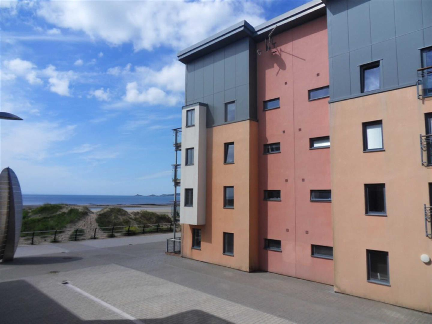 Fishermans Way, Marina, Swansea, SA1 1SU
